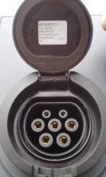 OKKO - nabíjacia stanica elektromobilov;konektor Typu 2